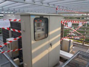 Bandellamento zona antenna principale TETRA sopra il Pit Building per evitare l'installazioni delle antenne dei vari team troppo vicine visto che potrebbero creare interferenze col segnale radio.