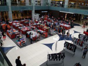 Centro Commerciale con Merchandising di F1