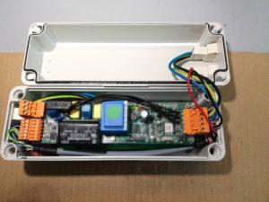 Scheda K-Fluo che alimenta e regola una singola lampada fluorescente