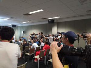 Press Room - momento durante una conferenza stampa dove si riuniscono giornalisti e fotografi per ascoltare quello che i piloti o i team dicono!