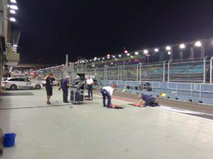 Preparazione zona di fermo e misura per le monoposto di F1 per verificare tutto sia ok!