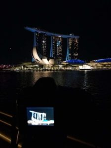 Appostato per fare 2 scatti con fotocamera seria al Marina Bay Sand