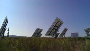 Pannelli fotovoltaici a Inseguimento in molise! I pannelli a inseguimento richiedono tantissima manutenzione e spesso si bloccano. Molto meglio i pannelli fissi.